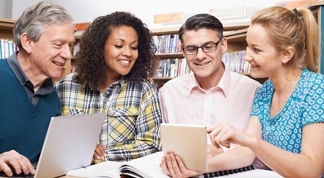 فواید یادگیری زبان انگلیسی برای بزرگسالان